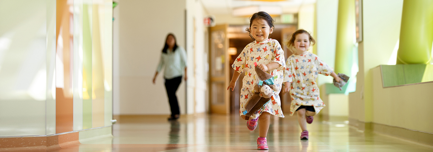 little girls playing in hospital